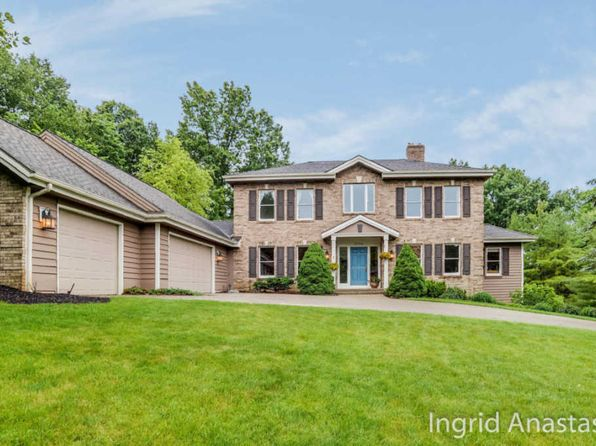 5 bed 3.5 bath Single Family at 2044 Hunters Run NE Ada, MI, 49301 is for sale at 485k - 1 of 45