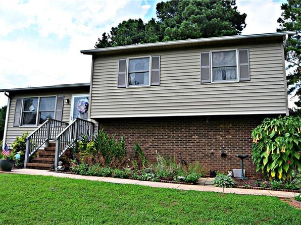 3 bed 1 bath Single Family at 1677 Old Hollow Rd Winston Salem, NC, 27105 is for sale at 105k - 1 of 25