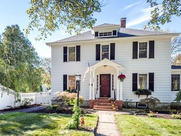 3 bed 2 bath Single Family at 122 Middlesex St North Andover, MA, 01845 is for sale at 450k - 1 of 28