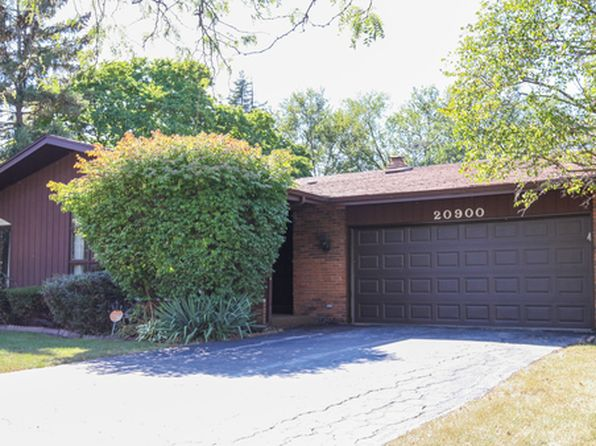 4 bed 3 bath Single Family at 20900 Sparta Ln Olympia Fields, IL, 60461 is for sale at 215k - 1 of 21