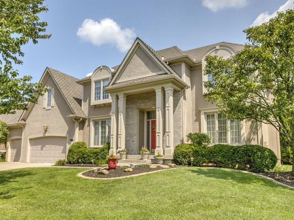 4 bed 4 bath Single Family at 12867 Bradshaw St Overland Park, KS, 66213 is for sale at 425k - 1 of 25