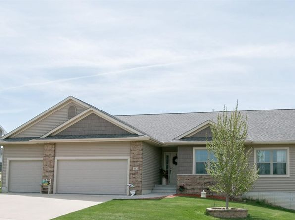 3 bed 2 bath Single Family at 413 Bear Dr Tiffin, IA, 52340 is for sale at 293k - 1 of 25
