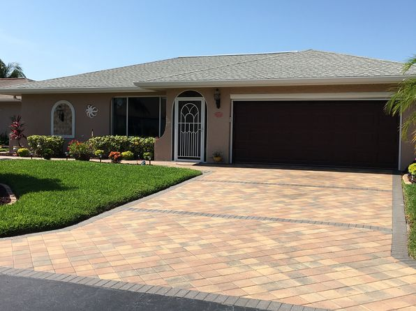 3 bed 2 bath Single Family at 9705 Foxglove Cir Fort Myers, FL, 33919 is for sale at 221k - 1 of 32
