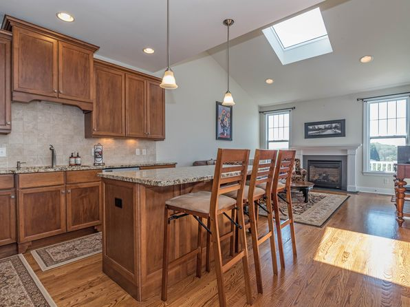 3 bed 3 bath Condo at 9 Briar Ridge Dr Bethel, CT, 06801 is for sale at 455k - 1 of 40