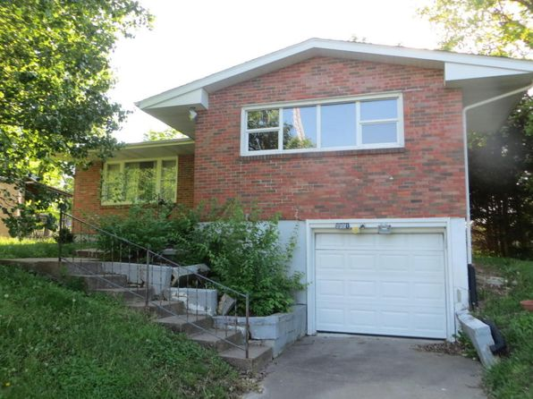 3 bed 2 bath Single Family at 2221 Fairground St Mexico, MO, 65265 is for sale at 68k - 1 of 10