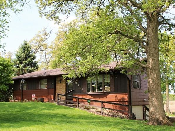 3 bed 2 bath Single Family at 16151 Ridgewood Dr Morrison, IL, 61270 is for sale at 135k - 1 of 38