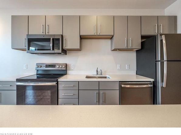 1 bed 1 bath Condo at 65 Munjoy St Portland, ME, 04101 is for sale at 285k - 1 of 30