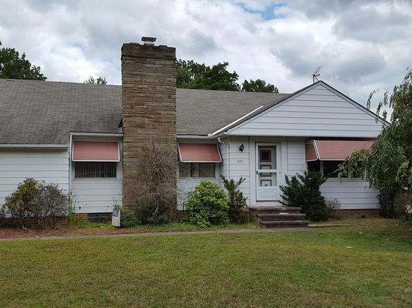 2 bed 1.5 bath Single Family at 399 Dumbarton Blvd Cleveland, OH, 44143 is for sale at 99k - 1 of 4