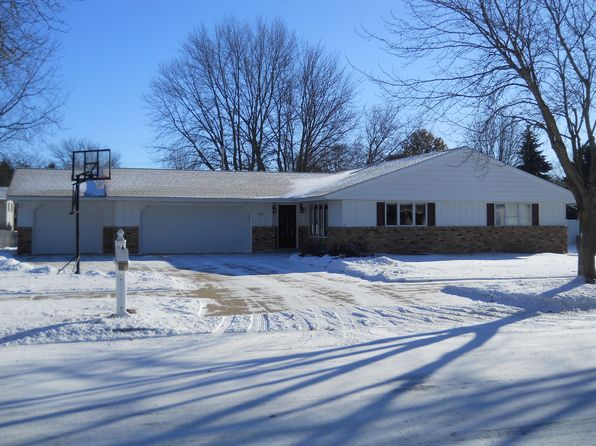 4 bed 3 bath Single Family at 1805 10th St SW Austin, MN, 55912 is for sale at 285k - 1 of 67