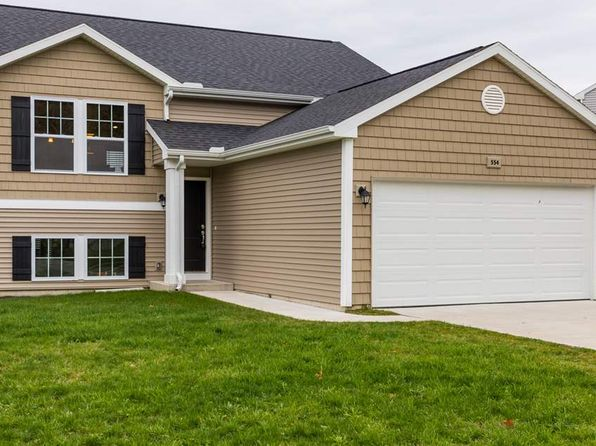 3 bed 2 bath Single Family at 554 Oak Meadow Dr Middleville, MI, 49333 is for sale at 240k - 1 of 25