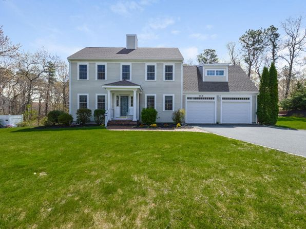 4 bed 2.5 bath Single Family at 344 Quaker Meeting House Rd E Sandwich, MA, 02537 is for sale at 585k - 1 of 22