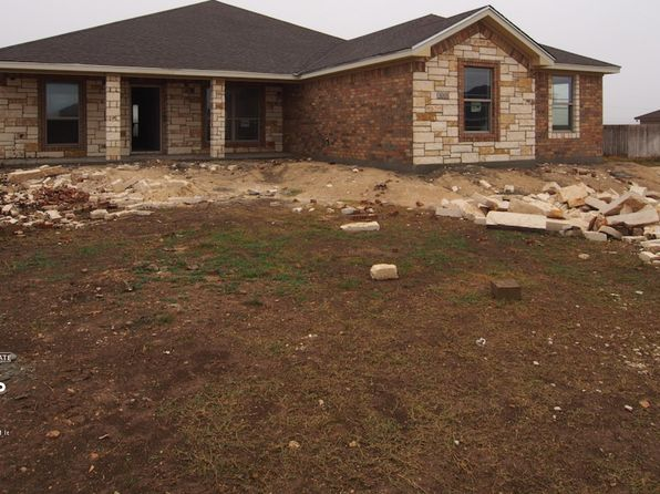 3 bed 3 bath Single Family at 3001 Saint Luke St Salado, TX, 76571 is for sale at 308k - 1 of 23