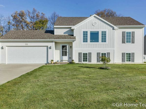 4 bed 2 bath Single Family at 4724 Southbury Ct SE Kentwood, MI, 49512 is for sale at 230k - 1 of 32