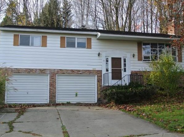 3 bed 2 bath Single Family at 1425 Livingston Pl Vestal, NY, 13850 is for sale at 115k - 1 of 23