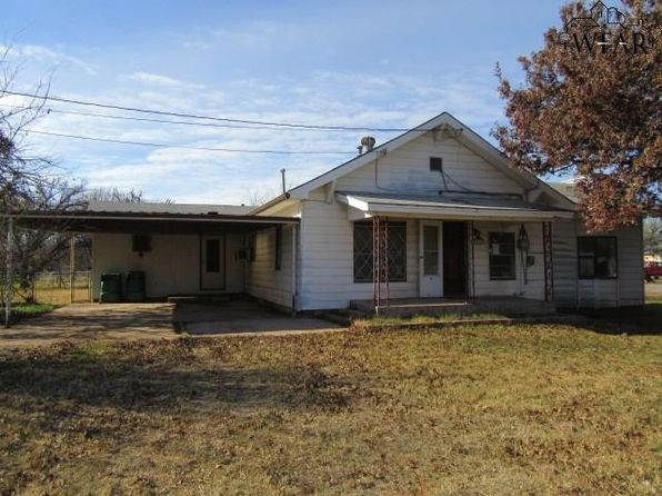 3 bed 2 bath Single Family at 208 N Seneca St Iowa Park, TX, 76367 is for sale at 21k - 1 of 12