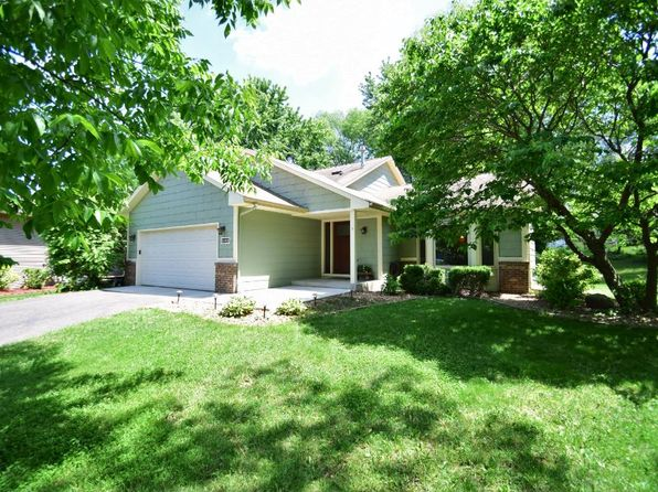 4 bed 2 bath Single Family at 114 Loretta Ln Saint Paul, MN, 55115 is for sale at 330k - 1 of 21