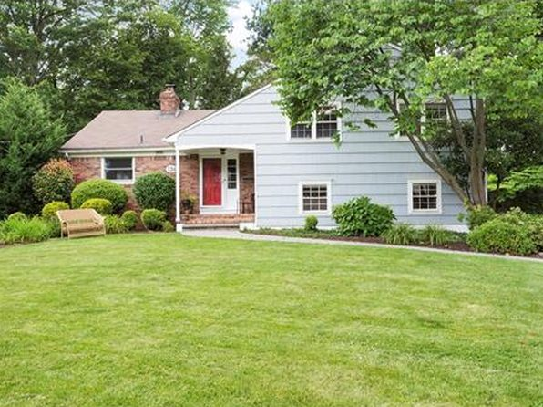 4 bed 3 bath Single Family at 136 Tudor Oval Westfield, NJ, 07090 is for sale at 719k - 1 of 19