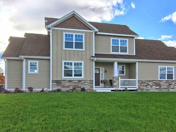 3 bed 2.5 bath Single Family at 1601 Strasbourg Traverse City, MI, 49696 is for sale at 425k - 1 of 34