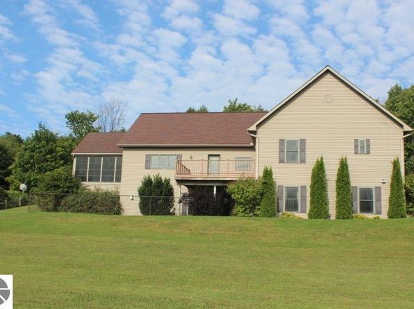 3 bed 3 bath Single Family at 7755 N Matheson Rd Northport, MI, 49670 is for sale at 395k - 1 of 37
