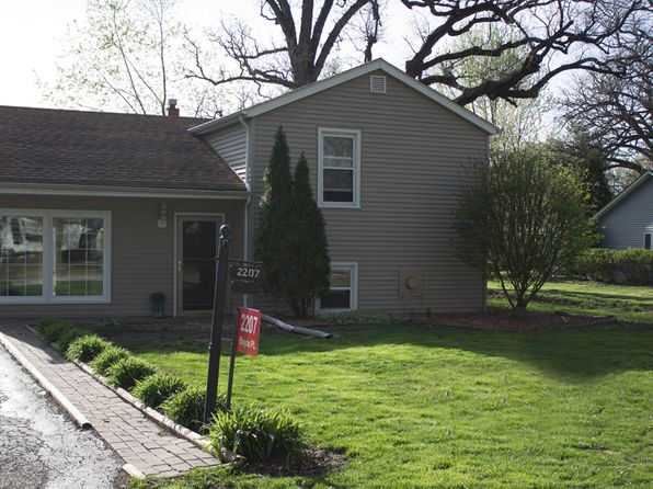 2 bed 1 bath Single Family at 2207 Boyce Pl Ottawa, IL, 61350 is for sale at 129k - 1 of 27