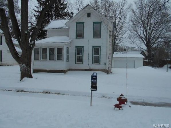 8 bed 1 bath Single Family at 2009 KIMBLE AVE NORTH COLLINS, NY, 14111 is for sale at 38k - 1 of 3