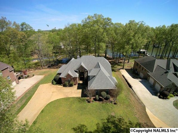 5 bed 5 bath Single Family at 8990 Brigadoon Dr Athens, AL, 35611 is for sale at 569k - 1 of 50