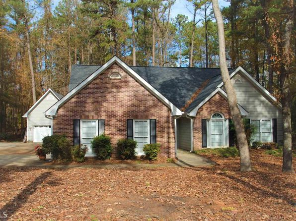 3 bed 2 bath Single Family at 80 Tomahawk Dr Sharpsburg, GA, 30277 is for sale at 240k - 1 of 32