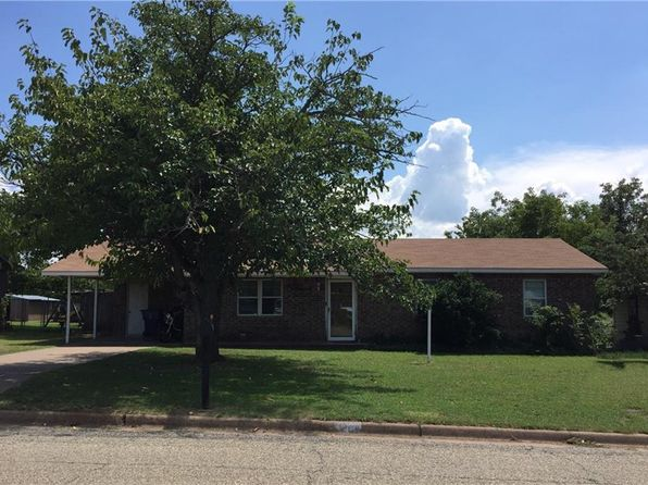 3 bed 2 bath Single Family at 1406 REMINGTON ST GRAHAM, TX, 76450 is for sale at 95k - 1 of 20