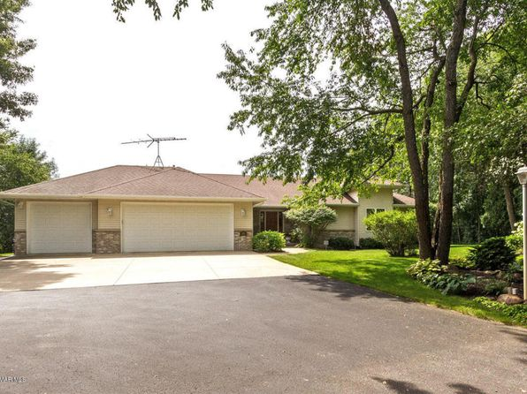 4 bed 3 bath Single Family at 395 E Center St Oronoco, MN, 55960 is for sale at 449k - 1 of 46
