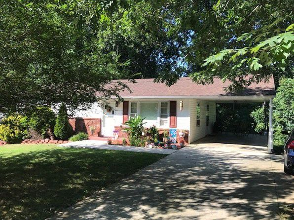 3 bed 1 bath Single Family at 76 Woodlyn Dr Collinsville, VA, 24078 is for sale at 65k - 1 of 14
