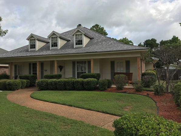 4 bed 2 bath Single Family at 119 Summit Dr Bossier City, LA, 71111 is for sale at 255k - 1 of 18