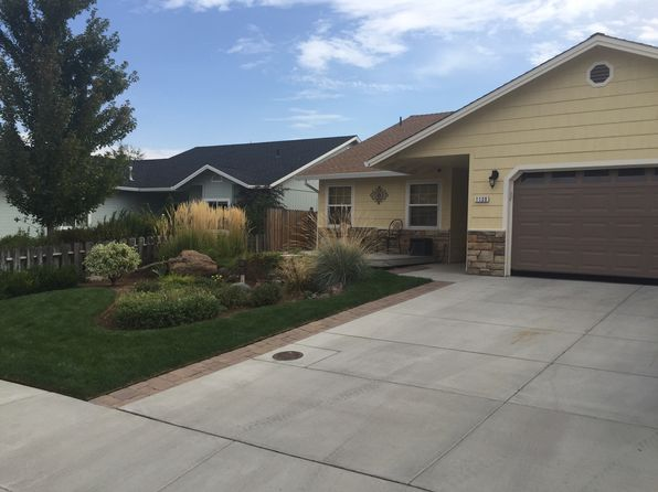 3 bed 2 bath Single Family at 1120 Overlook Dr Susanville, CA, 96130 is for sale at 289k - 1 of 16