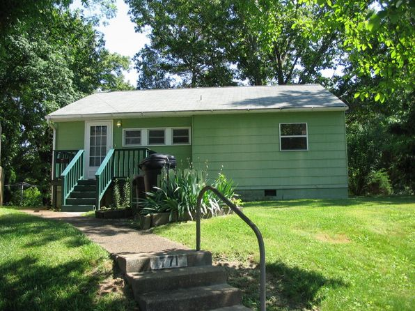 3 bed 1 bath Single Family at 771 W Outer Dr Oak Ridge, TN, 37830 is for sale at 69k - 1 of 4