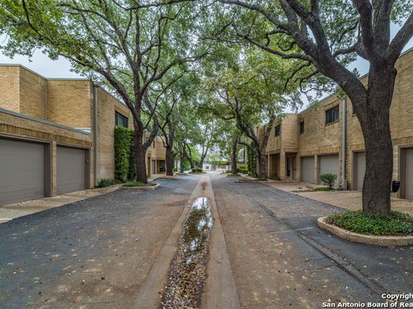 3 bed 2 bath Townhouse at 8123 N NEW BRAUNFELS AVE SAN ANTONIO, TX, 78209 is for sale at 339k - 1 of 25