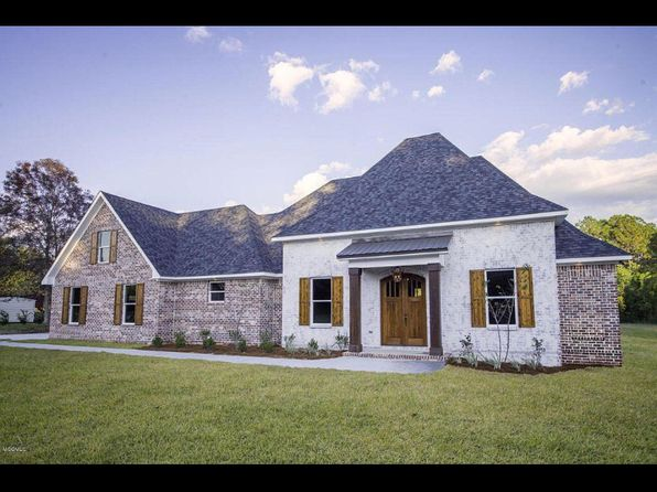 4 bed 3 bath Single Family at 13320 Country Ln Biloxi, MS, 39532 is for sale at 367k - 1 of 9