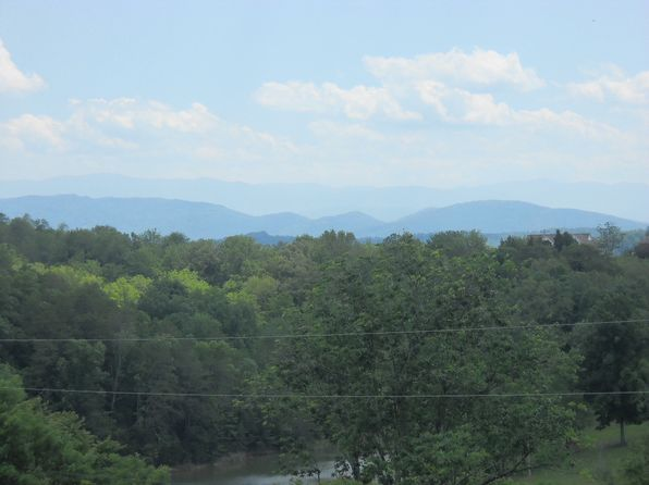 null bed null bath Vacant Land at  Mountain Lake Dr Dandridge, TN, 37725 is for sale at 140k - 1 of 18