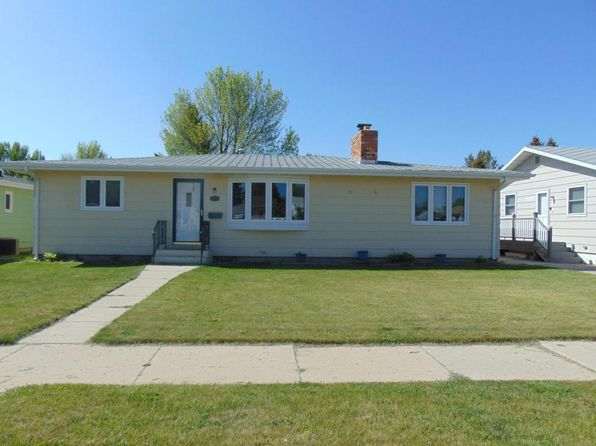 4 bed 6 bath Single Family at 308 20th St E Williston, ND, 58801 is for sale at 284k - 1 of 17