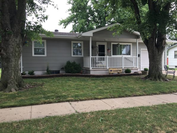3 bed 1 bath Single Family at 903 Lena Ave Salina, KS, 67401 is for sale at 106k - 1 of 16