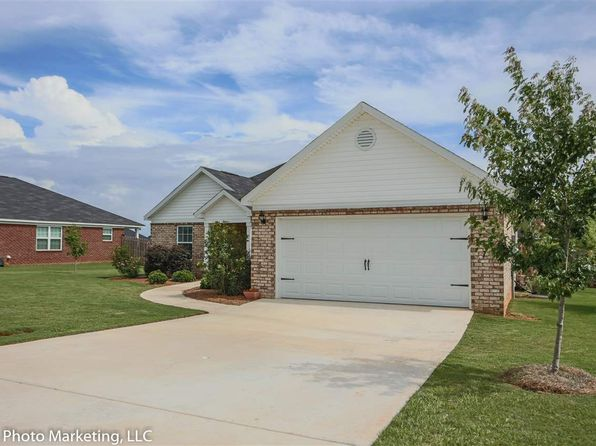 4 bed 2 bath Single Family at 209 Rainsong Trl Perry, GA, 31069 is for sale at 170k - 1 of 36