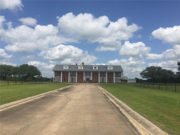 5 bed 10 bath Single Family at 13673 I 30 E Saltillo, TX, 75478 is for sale at 2.60m - 1 of 33
