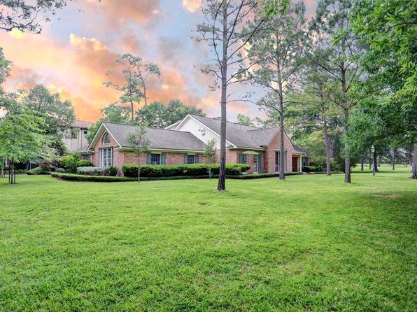 5 bed 5 bath Single Family at 10926 Wickwild St Houston, TX, 77024 is for sale at 1.85m - 1 of 32