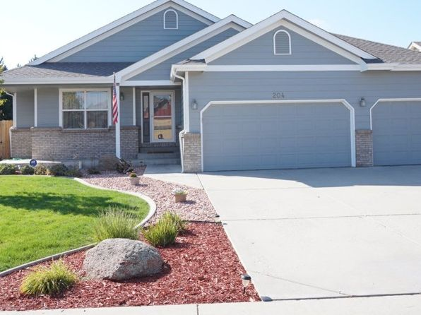 4 bed 3 bath Single Family at 204 Tartan Dr Johnstown, CO, 80534 is for sale at 385k - 1 of 34
