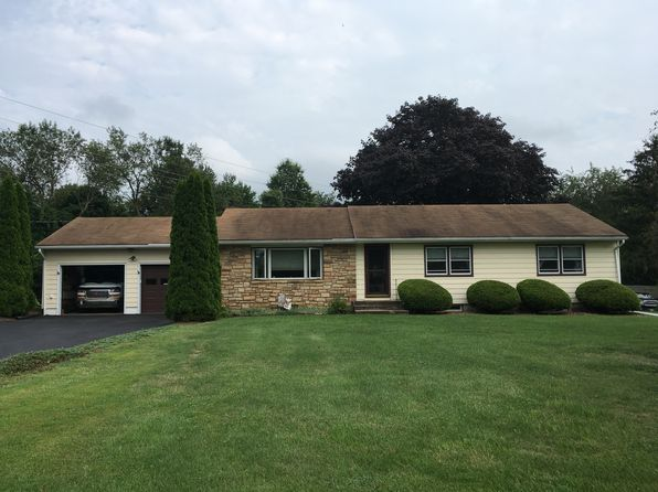 3 bed 2 bath Single Family at 39 Toad Ln Ringoes, NJ, 08551 is for sale at 390k - 1 of 21