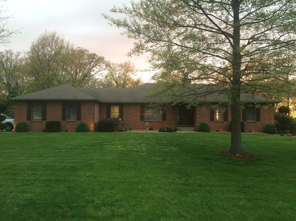 4 bed 3 bath Single Family at 2565 Tyson Ln Highland, IL, 62249 is for sale at 378k - 1 of 34