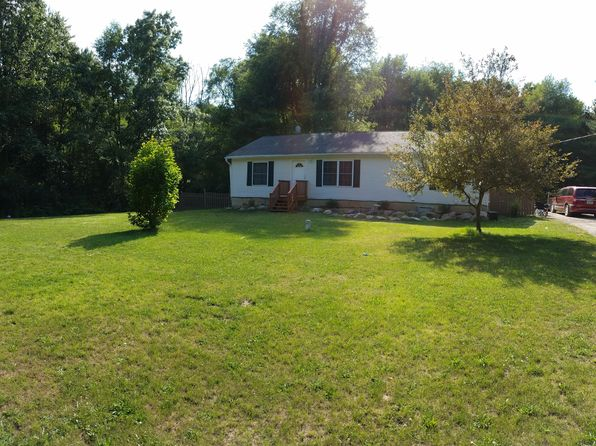 5 bed 2 bath Single Family at 6146 W M 36 Pinckney, MI, 48169 is for sale at 215k - 1 of 9