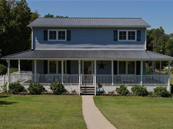 3 bed 2 bath Single Family at 1410 Sumner Rd Thomasville, NC, 27360 is for sale at 215k - 1 of 27