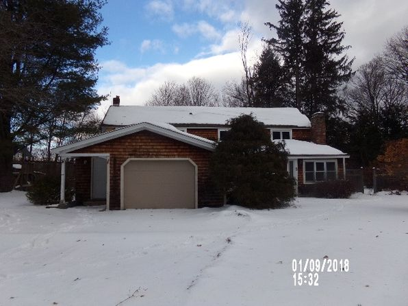 3 bed 2 bath Single Family at 3 Corey Ln Bennington, VT, 05201 is for sale at 110k - 1 of 40