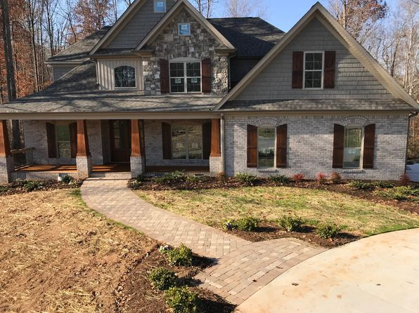 4 bed 4 bath Single Family at 7903 WINTERBOURNE DR SUMMERFIELD, NC, 27358 is for sale at 569k - 1 of 7