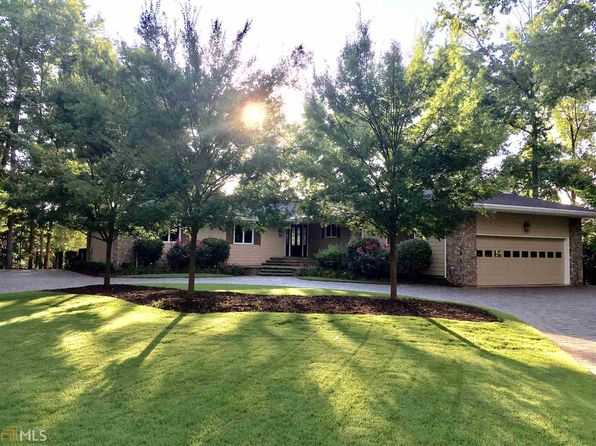 5 bed 5 bath Single Family at 110 Cedar Pt Peachtree City, GA, 30269 is for sale at 1.49m - 1 of 26
