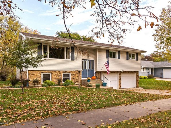 5 bed 3 bath Single Family at 1121 21st St NE Rochester, MN, 55906 is for sale at 280k - google static map
